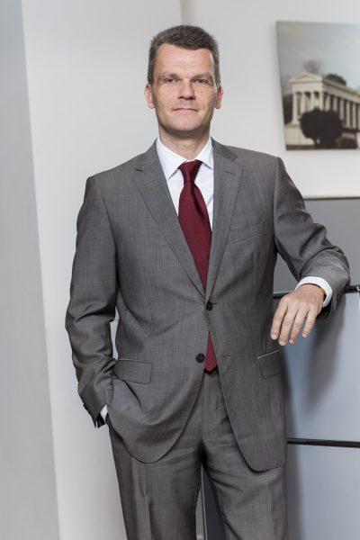 Robert Steinhauser, Gesellschafter, Tel. 089 / 623 03 69-13, E-Mail robert.steinhauser@kbvv.de, Bankkaufmann, KB-Vermögensverwaltung GmbH