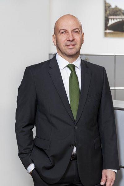 Volkmar Hommrich, Direktor, Tel. 089 / 623 03 69-17, E-Mail volkmar.hommrich@kbvv.de, Bankkaufmann, Wealth Management, KB-Vermögensverwaltung GmbH