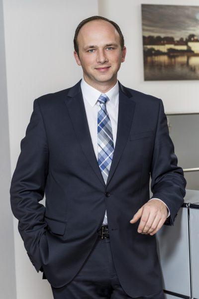 Steffen Stuchly, Direktor, Tel. 089 / 623 03 69-19, E-Mail Steffen.stuchly@kbvv.de, Bankkaufmann, KB-Vermögensverwaltung GmbH