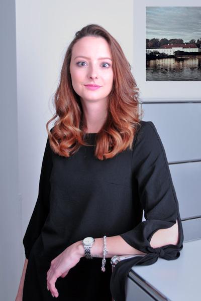 Alexandra Bozic, Assistenz der Geschäftsführung, Tel. 089 / 623 03 69-15 , E-Mail alexandra.bozic@kbvv.de, Kauffrau für Büromanagement, KB-Vermögensverwaltung GmbH