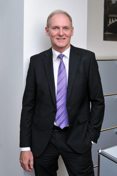Andreas Taubenberger, Direktor, Tel. 089 / 623 03 69-18, E-Mail andreas.taubenberger@kbvv.de, Bankkaufmann, Portfoliomanagement, KB-Vermögensverwaltung GmbH
